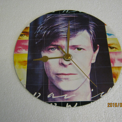 "David Bowie - ""Fashion"" 7"" Vinyl Record Sleeve Wall Clock"