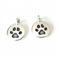 1x paw charm, TierraCast pendant for dog and cat lovers, animal charm