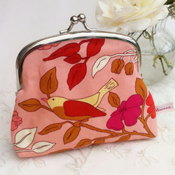 Pretty clasp purse in vintage style bird fabric