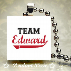 Team Edward Twilight Wooden Scrabble Pendant