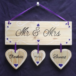'Mr & Mrs' Wall Plaque personalialised keepsake wedding gift