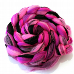 Dangerous Diva Custom Blend Merino Combed Top 100g for Spinning and Felting