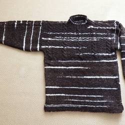 Jacob Crew Neck Sweater With cables pattern to front chest 11