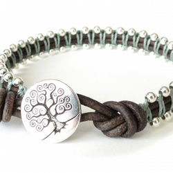 Meaningful confirmation gift for girls, macrame leather bracelet with beads