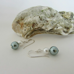 Pearl & Sterling Silver Earrings. Pearl Earrings, White Pearl & Sea Foam Pearl