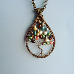 Tree of life with pearls