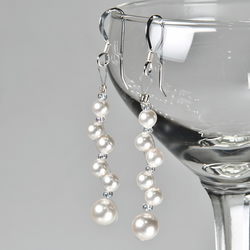 SALE! Pearl earrings, Swarovski® bridal earrings, wedding or Prom jewellery