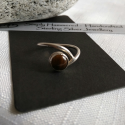 Tiger's Eye Swirl Ring