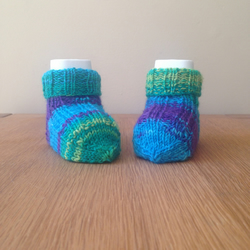 Hand knitted baby socks - 0-3 months - blue, green, purple