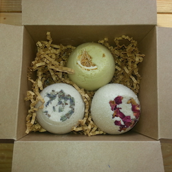 Bath Truffle Selection Gift Set Rose Lavender Orange 135g