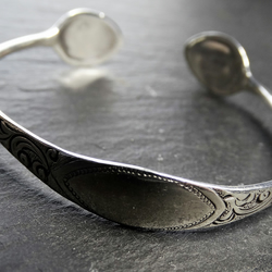 Sugar tong bangle from 1886. Sterling silver antique.