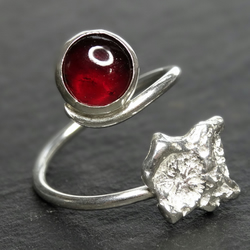 Coral Chip, Garnet, Tristan ring, Sterling silver, resizable