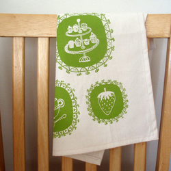 Tea time kitchen linen green