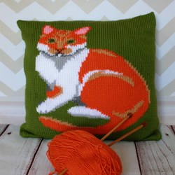 Knitting Pattern PDF - Ginger & White Cat Portrait Cushion Cover