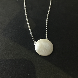 satin finished  silver disc necklace