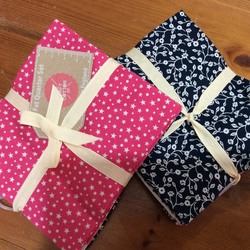 100% cotton fat quarter bundle of 5 blender fabrics, Pink and Navy