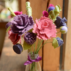 Craft kit: Felt Flowers - purple and pink peony bouquet