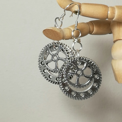 Steampunk Style drop earrings with silver coloured cogs