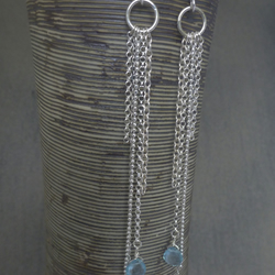 Long multichain earrings with apatite briolette