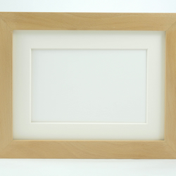 Museum Photo Frame in Beech