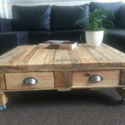 Large Reclaimed Wood Coffee Table Oak Effect 4 drawers with castors