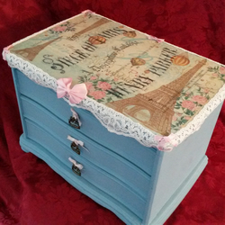 large shabby chic vintage jewellery box Paris theme