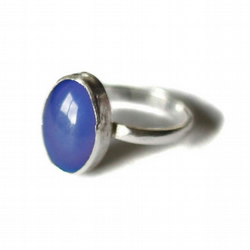 Vintage Changing Color Oval Mood Ring