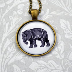 Circus elephant vintage style pendant necklace