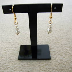 FREE UK P&P Vintage Style Handcrafted Earrings Top Quality Ivory Glass Pearls