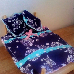 Dolls house bedding set 1:12 scale