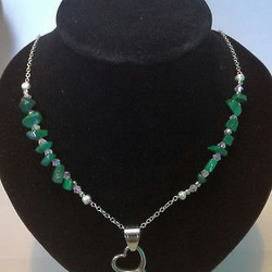 Heart Pendant Malachite Gemstone chip Beaded Necklace Stainless Steel Chain